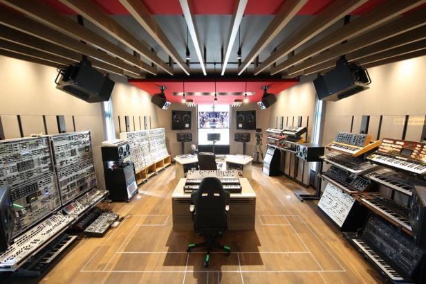 deadmau5-home-studio.jpg